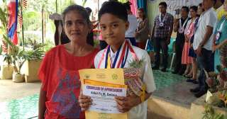 In Kapalong town, school valedictorian survives with P5 a day
