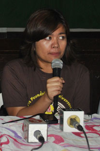 ARTIFICIAL. North Cotabato Governor Emmylou Taliño-Mendoza, says the power shortage in Mindanao is artificial and meant to pave the way for the full privatization of the remaining power utilities in the island. (davaotoday.com photo by Medel V. Hernani).