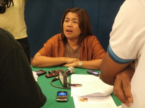 LACK OF MERIT.  North Cotabato Governor Emmylou Taliño-Mendoza speaks before the media in a press conference, June 10.  She urged Manny Piñol to accept the Comelec's decision to dismiss his electoral protest against her.  (davaotoday.com photo)