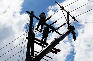 Group steals P300,000-worth of cables, paralyzes telecommunication lines in DavNor