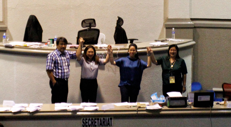 Mylene Garcia (second from left), representative-elect for the second congressional district.  (davaotoday.com photo by Medel V. Hernani)