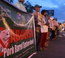 World Teachers' Day rallies slam low pay amid pork barrel abuse